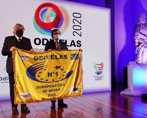 01_entrega_da_bandeira_de_ouro_odivelas_melhor_cidade_europeia_2020